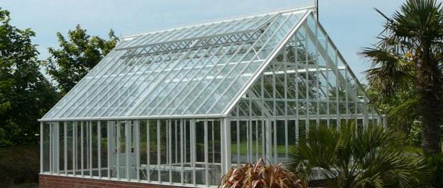 Bespoke Greenhouse erection Guensey
